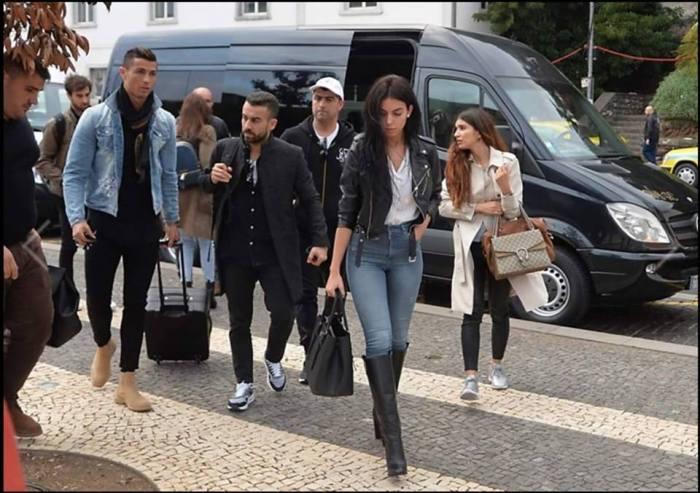 Melhor Jogador do mundo pela FIFA, Cristiano Ronaldo; Visita à Madeira do capitão da seleção portuguesa; Capitão do Real Madrid; Bola de Ouro; Pestana CR7